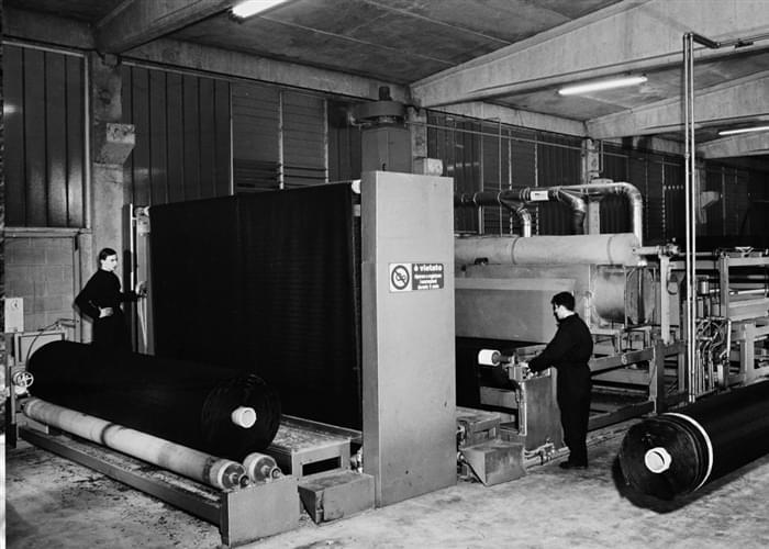 Le premier cadre pour la production de gazon synthétique Italgreen